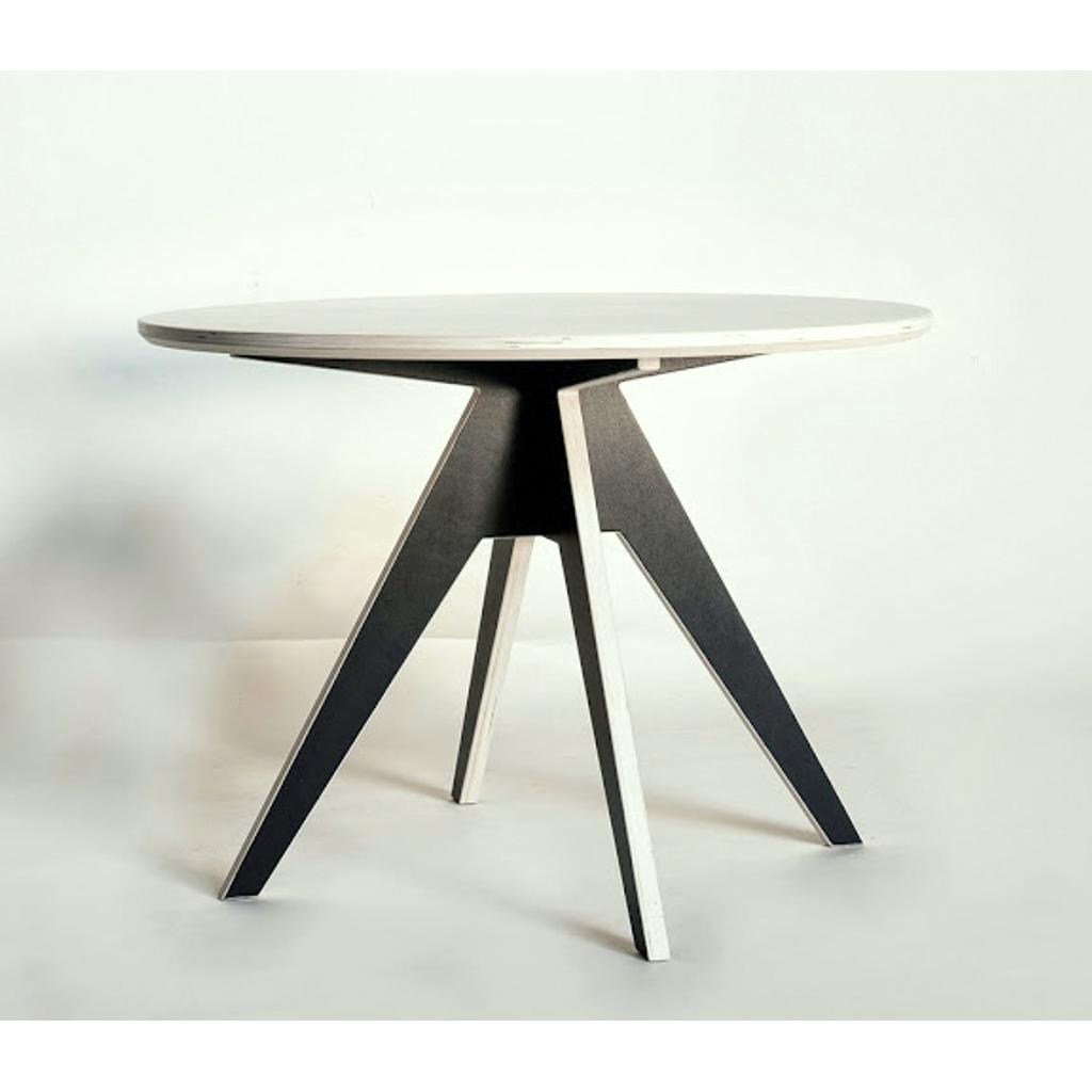 Runder tisch 85 cm aus birkenholz von radis for Tisch skandinavisch