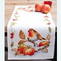 Robin Redbreast with Apples tafelloper -  borduurpakket met telpatroon Vervaco