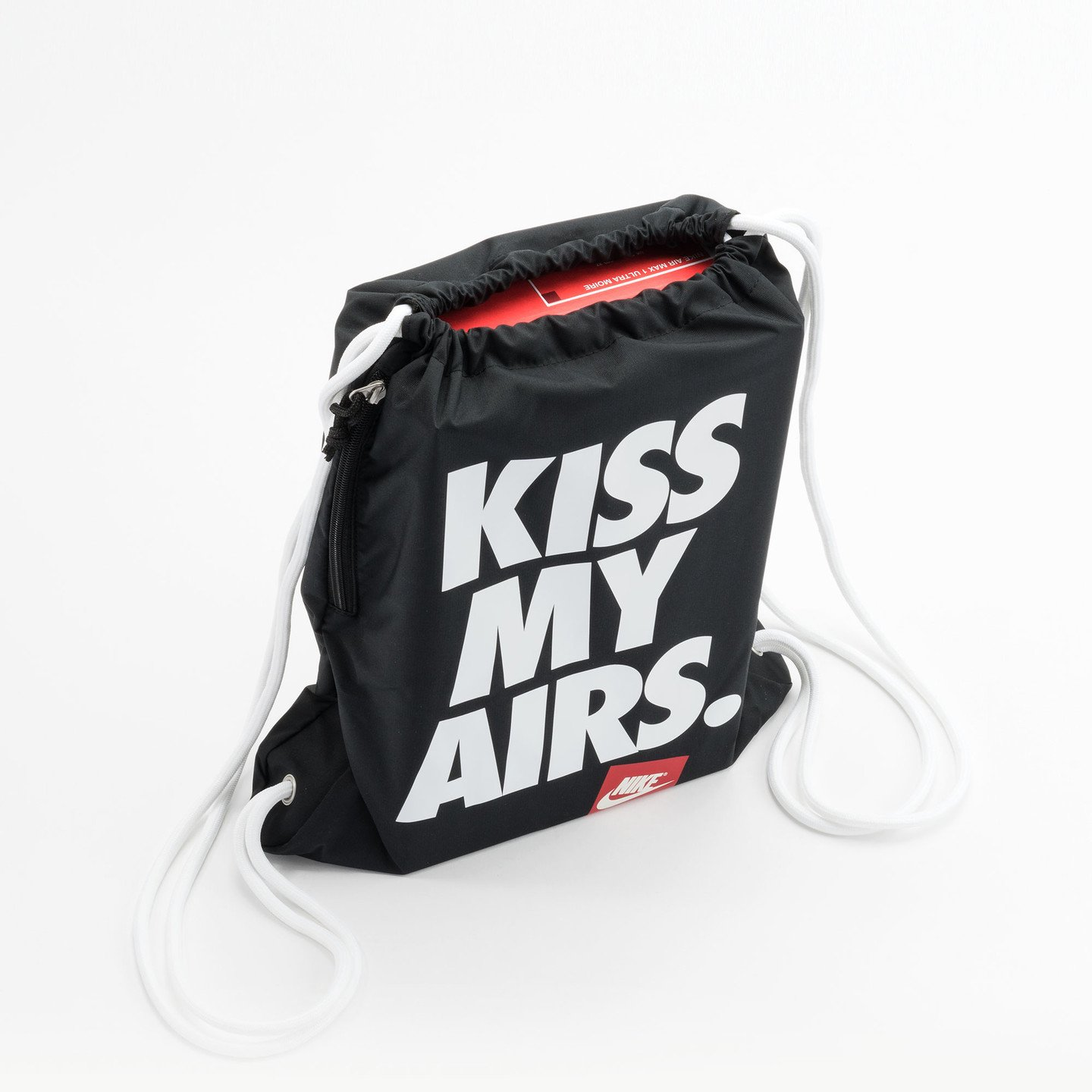 Nike Kiss My Airs Gymbag Black / White / Red BZ9746-011