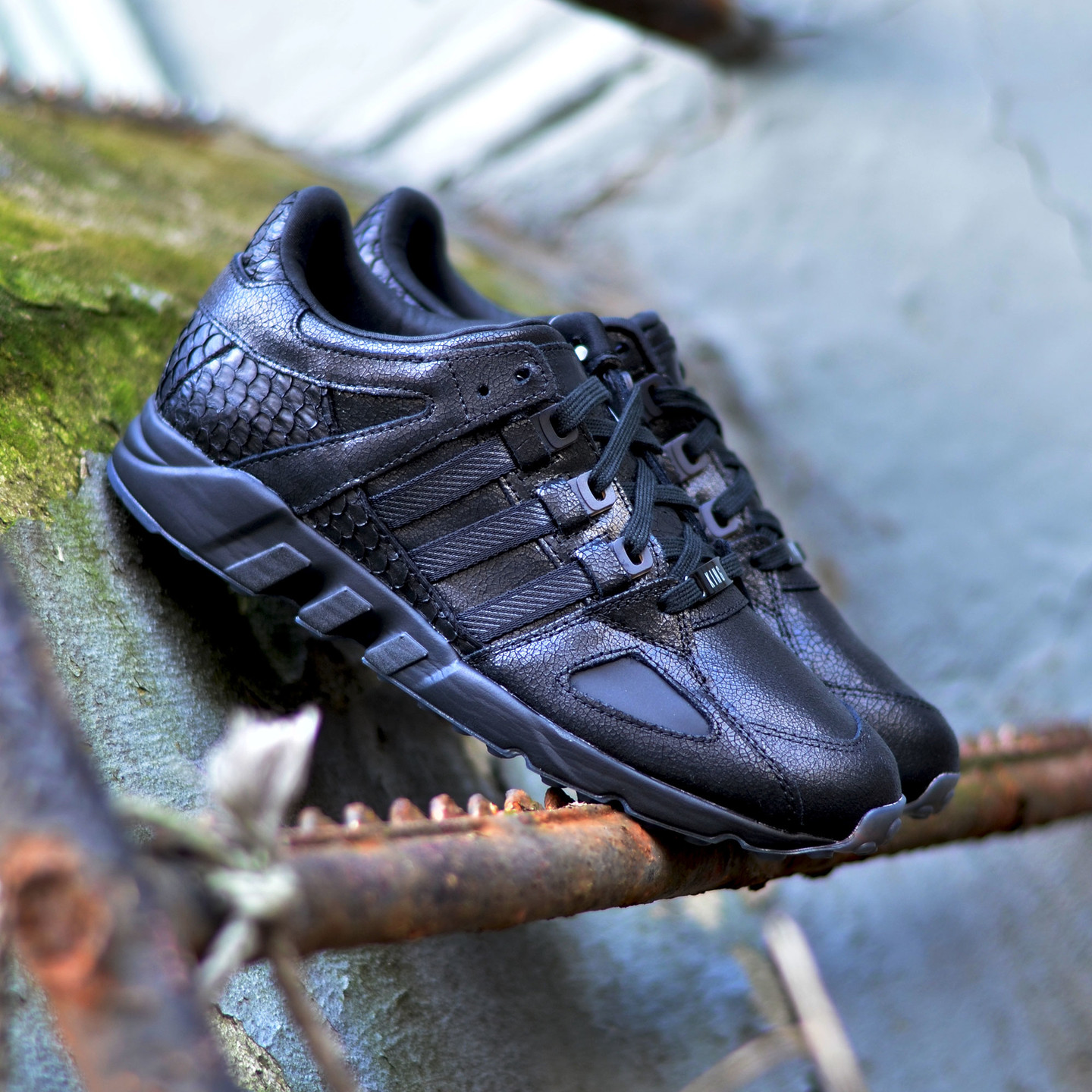 Adidas Pusha T x EQT Running Guidance ´93 Core Black AQ7433-43.33