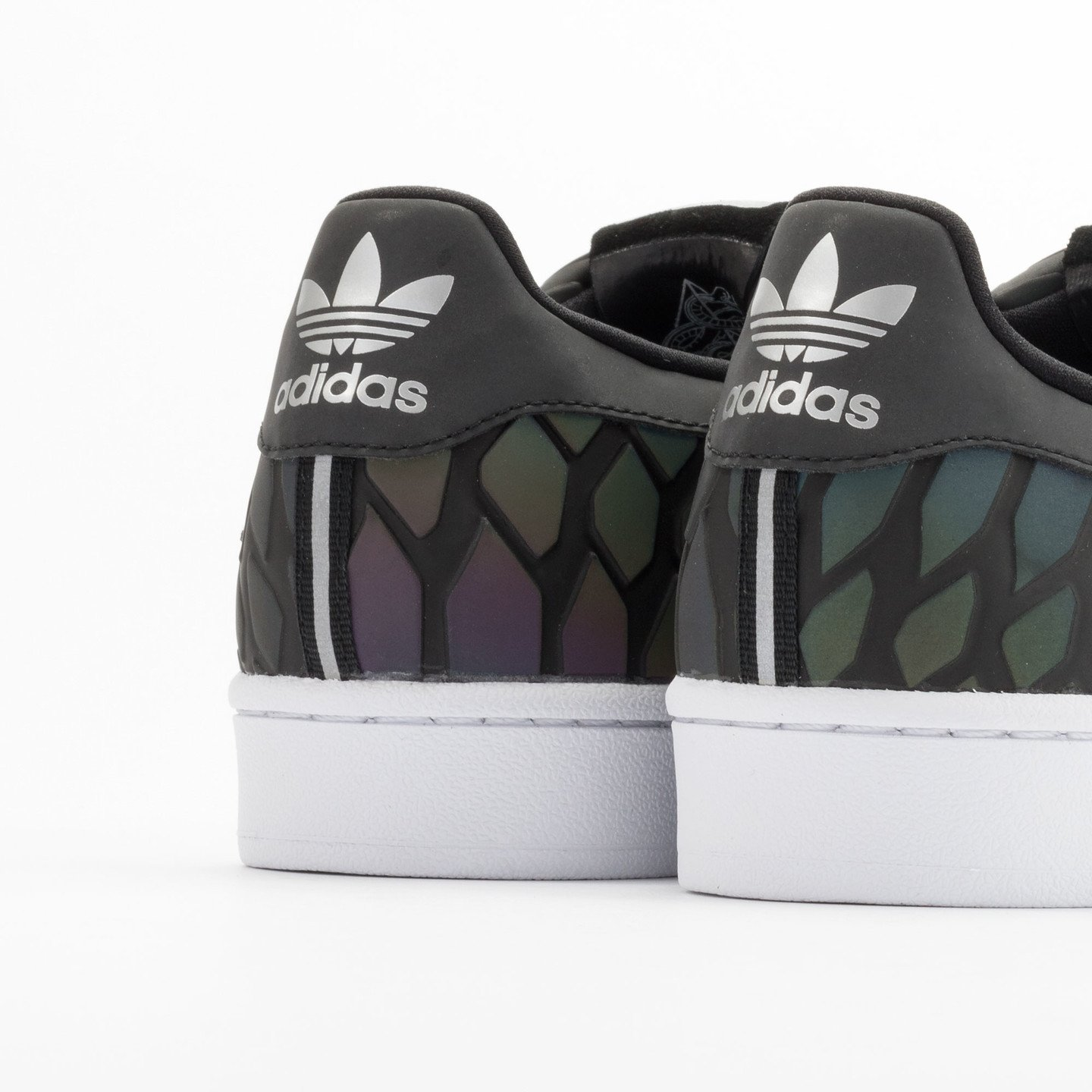 Adidas Superstar Xeno Pack Cblack / Supcol / Ftwwht D69366-39.33