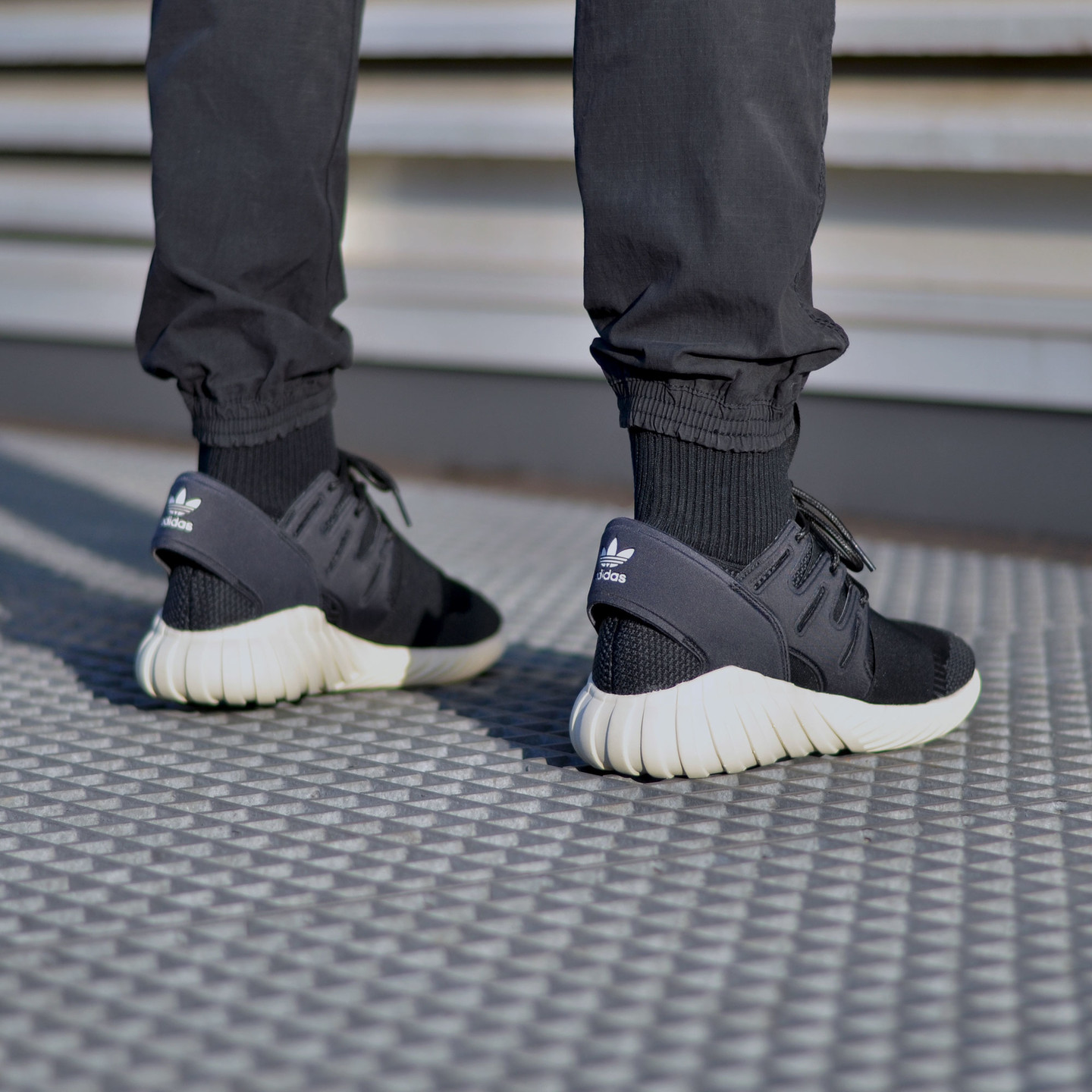 Adidas Tubular Doom Primeknit Black / Cream White S74921-45.33