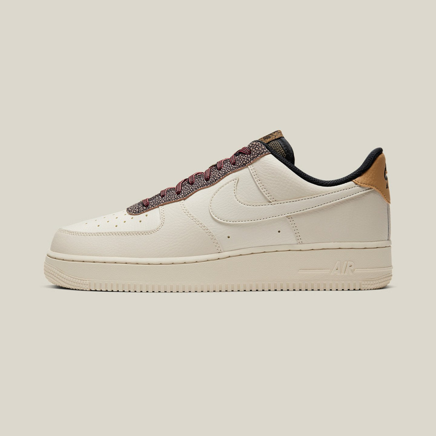 Nike Air Force 1 ´07 LV8 Fossil / Wheat / Shimmer CK4363-200