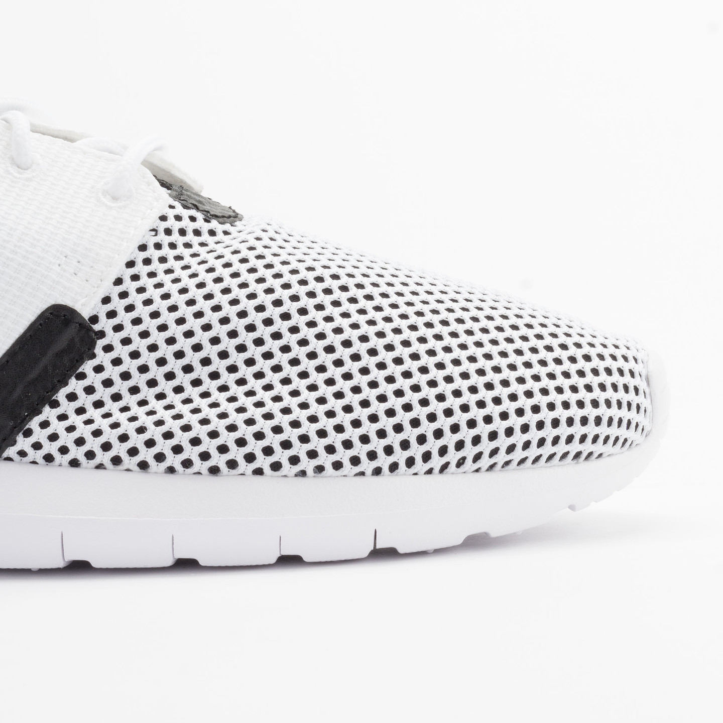 Nike Rosherun NM BR White/White-Black-Hot Lava 644425-100-45