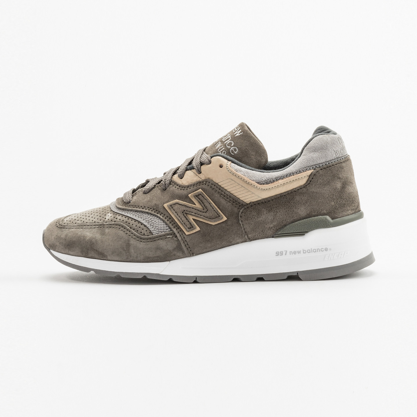 New Balance M997 - Made in USA Military Green / Beige M997FGG