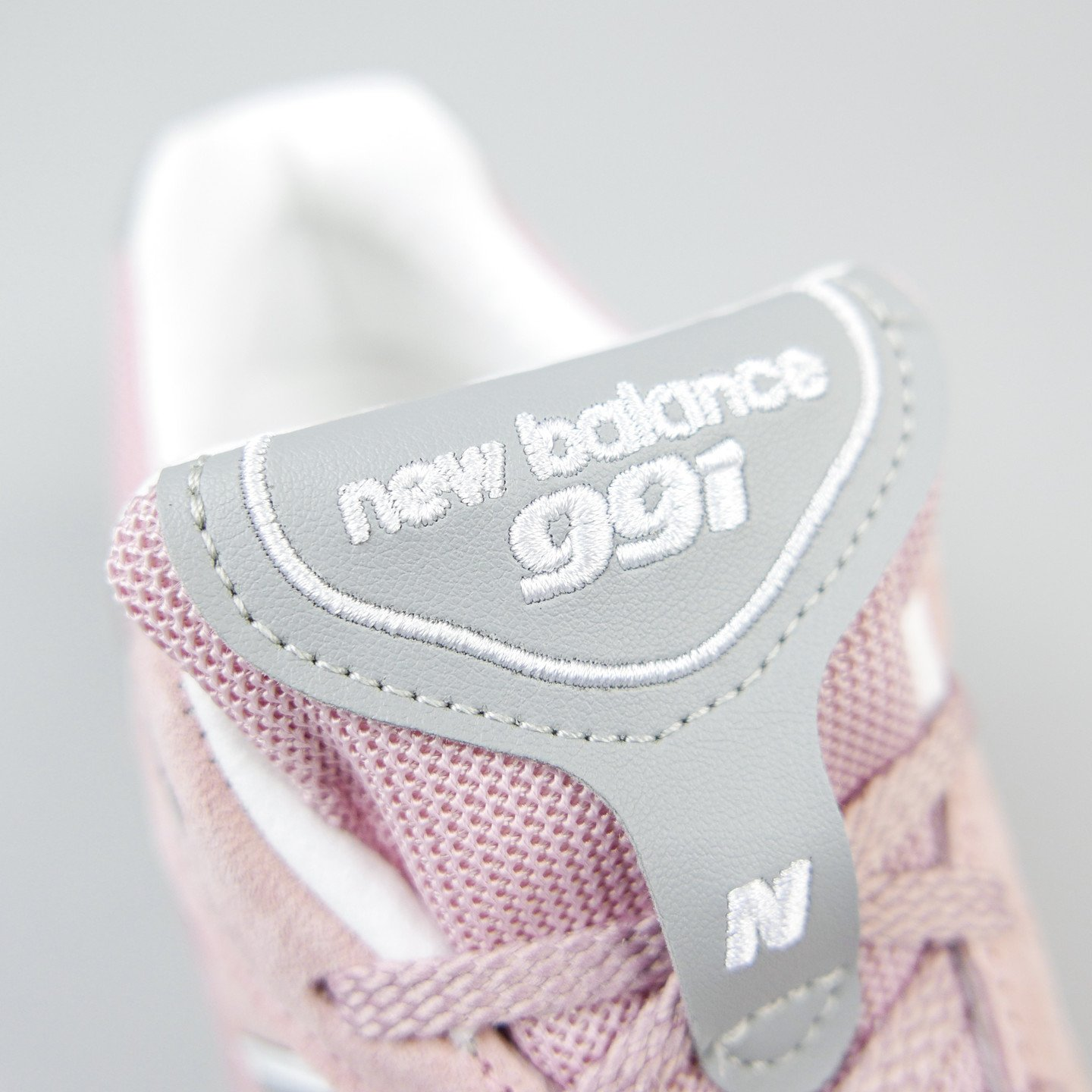 New Balance W991 PNK - Made in UK Shy Pink / Light Grey W991PNK