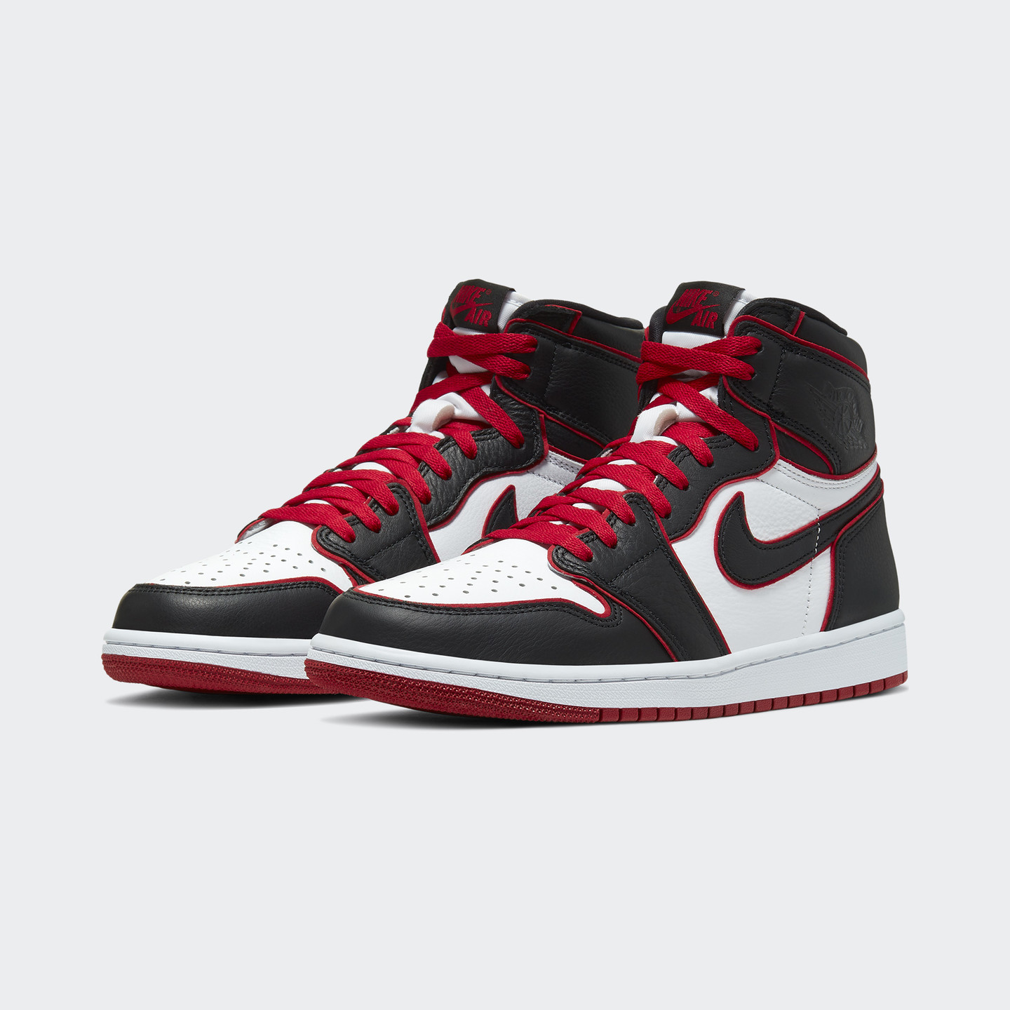 Jordan Air Jordan 1 Retro High OG 'Bloodline' Black / Gym Red / White 555088-062