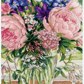 Peonies and Delphiniums - borduurpakket met telpatroon Dimensions |  | Artikelnummer: dim-35257