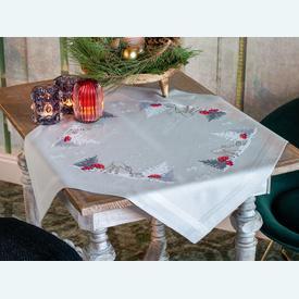 Deer and Rabbit in snowy Landscape theenap - voorgedrukt borduurpakket - Vervaco |  | Artikelnummer: vvc-179166