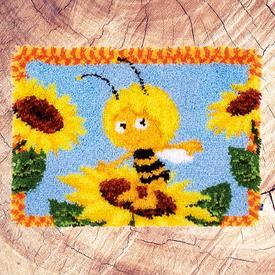 Maya among the Sunflowers - knooptapijt Vervaco Maya de bij | Smyrna tapijt met Maya de bij tussen de zonnebloemen | Artikelnummer: vvc-154934