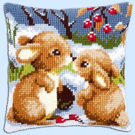 Snow Rabbits - Vervaco Kruissteekkussen |  | Artikelnummer: vvc-21832