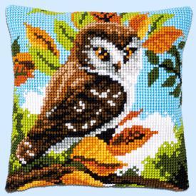 Owl in Bushes - Vervaco Kruissteekkussen |  | Artikelnummer: vvc-148147