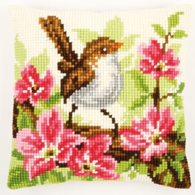 Little Bird and Pink Flowers - Vervaco Kruissteekkussen |  | Artikelnummer: vvc-148693