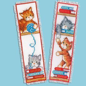 Set van 2 bladwijzers - Cats Playing - Handwerkpakketten met telpatroon Vervaco |  | Artikelnummer: vvc-165211
