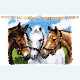 Three Horses - knooptapijt, wandtapijt Vervaco | Smyrna tapijt met paarden | Artikelnummer: vvc-155741