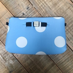 TRAVEL POUCH MEDIUM | POLKA DOTS HELLBLAU | Artikelnummer: SAVE2g