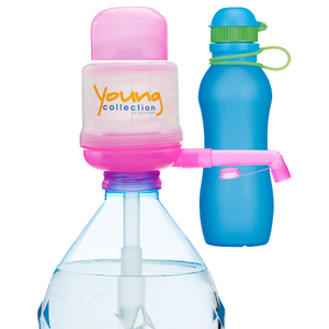 Paquet Special SP  1 pink 700 bleue |  1 Pump Young Collection pink plus Viv Bouteile 700ml bleue | Artikel-Nummer: 1 YCP plus VIV SP  bleue 700