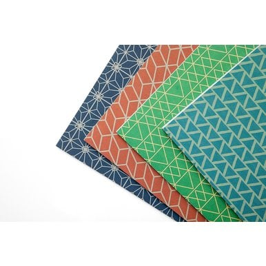 Gemusterte Schreibhefte aus Griechenland / Patterned Ruled Notebooks from Greece | Grüne Striche / Green Lines | Artikelnummer: kontor-gruen