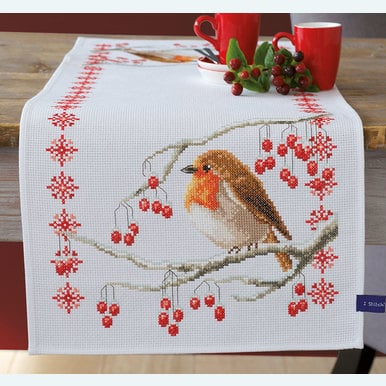 Robin with Red Berries tafelloper -  borduurpakket met telpatroon Vervaco |  | Artikelnummer: vvc-155637