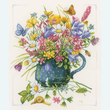 Meadow Flowers in Vase by Marjolein Bastin - borduurpakket met telpatroon Lanarte |  | Artikelnummer: ln-164074