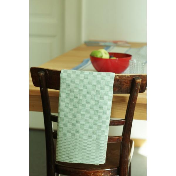 geschirrt cher kariert aus leinen farbe gr n. Black Bedroom Furniture Sets. Home Design Ideas