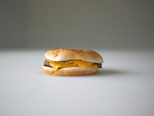 One dollar's worth of double cheeseburger from McDonalds, 2010 | Edition 6+2 AP, Serie: