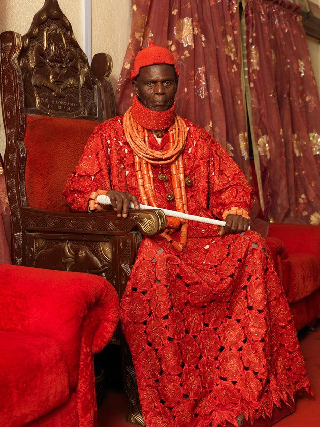 HRM Deinmowuru Donokoromo III, The Pere of Isaba 02, 2012 | Edition 3, 1/3, Serie