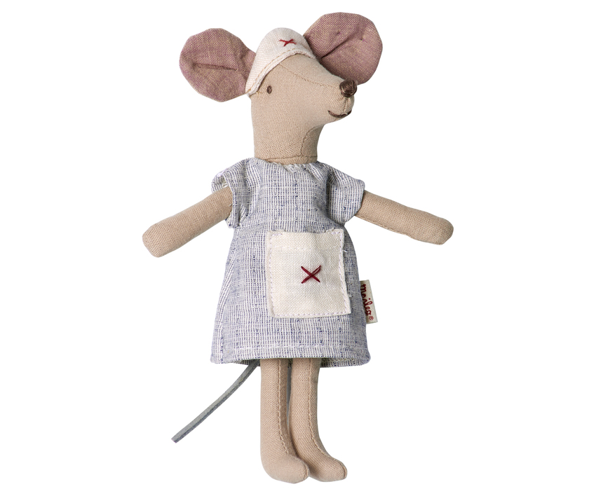 maileg mouse nurse outfit