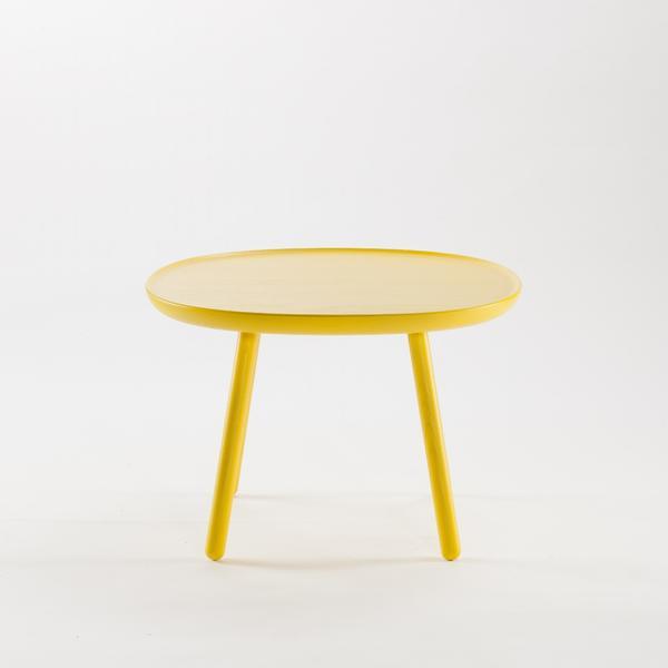 runder beistelltisch aus holz gelb emko. Black Bedroom Furniture Sets. Home Design Ideas