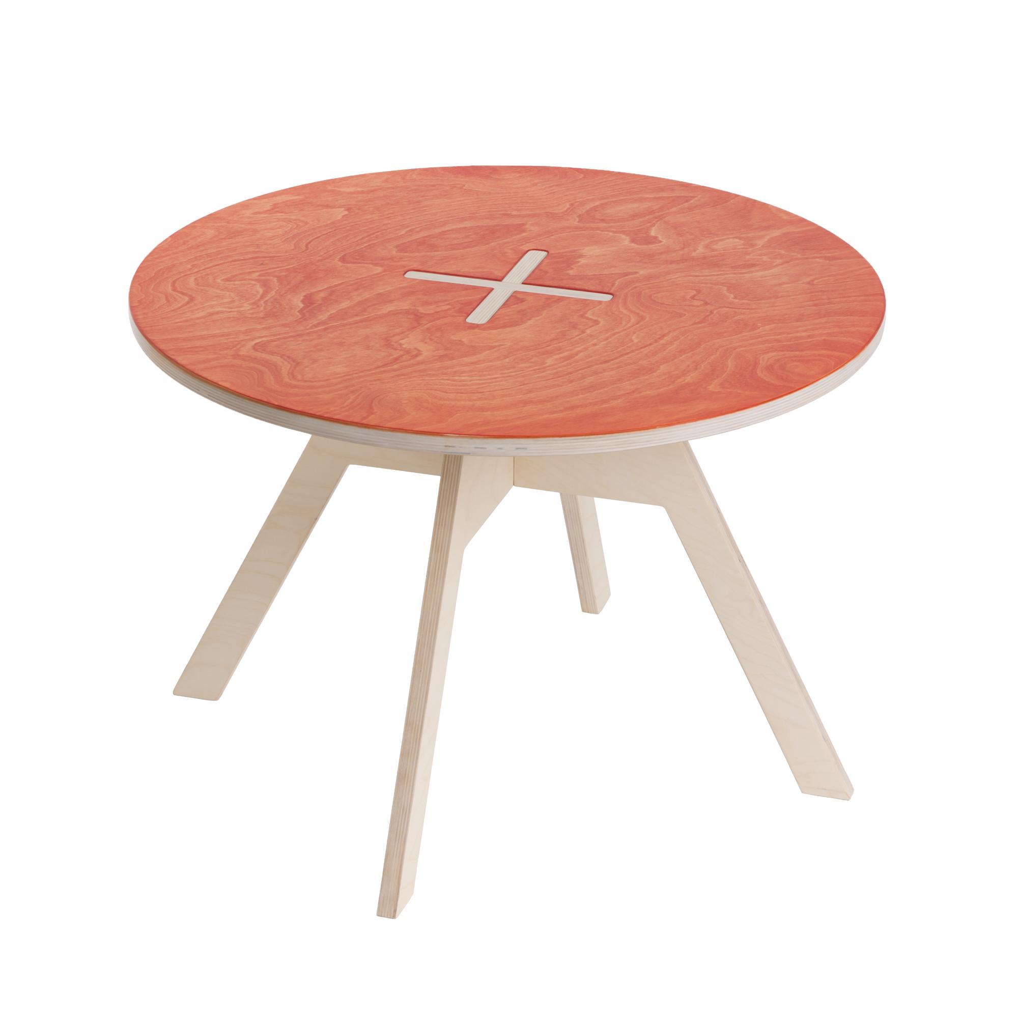 kinderzimmertisch aus birkenholz rot. Black Bedroom Furniture Sets. Home Design Ideas